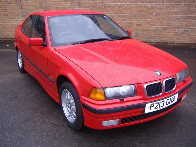 BMW 3 Series 1.8 318i Se Saloon Petrol RedBMW 3 Series 1.8 318i Se Saloon Petrol Red at Sandbeck Garage Wetherby