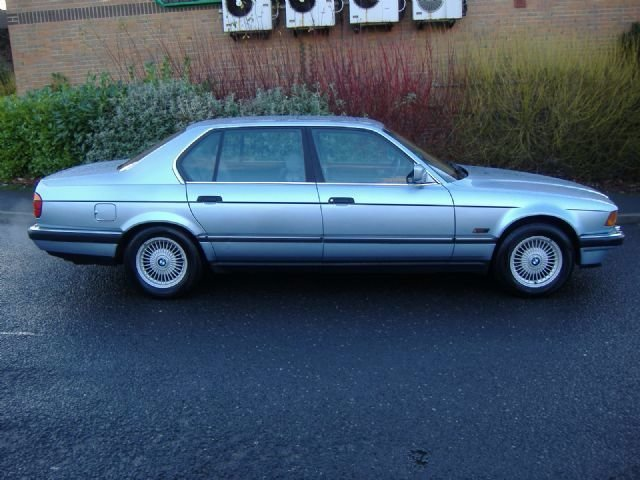 BMW 7 Series 5.0 750il Saloon Petrol Blue Met